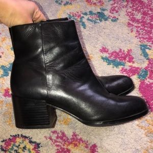 Sam Edelman Black Leather Joey Booties 5.5